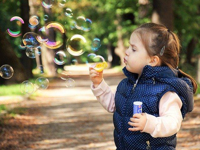 foukání bublinek.jpg